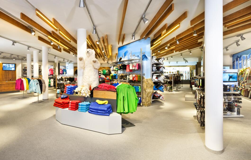 The Intersport Bründl service network is presented with a total of nine connected service stations in Zell am See-Kaprun and an Intersport Bründl Alpincenter shop at the Kitzsteinhorn (2.450 m) | © Kitzsteinhorn