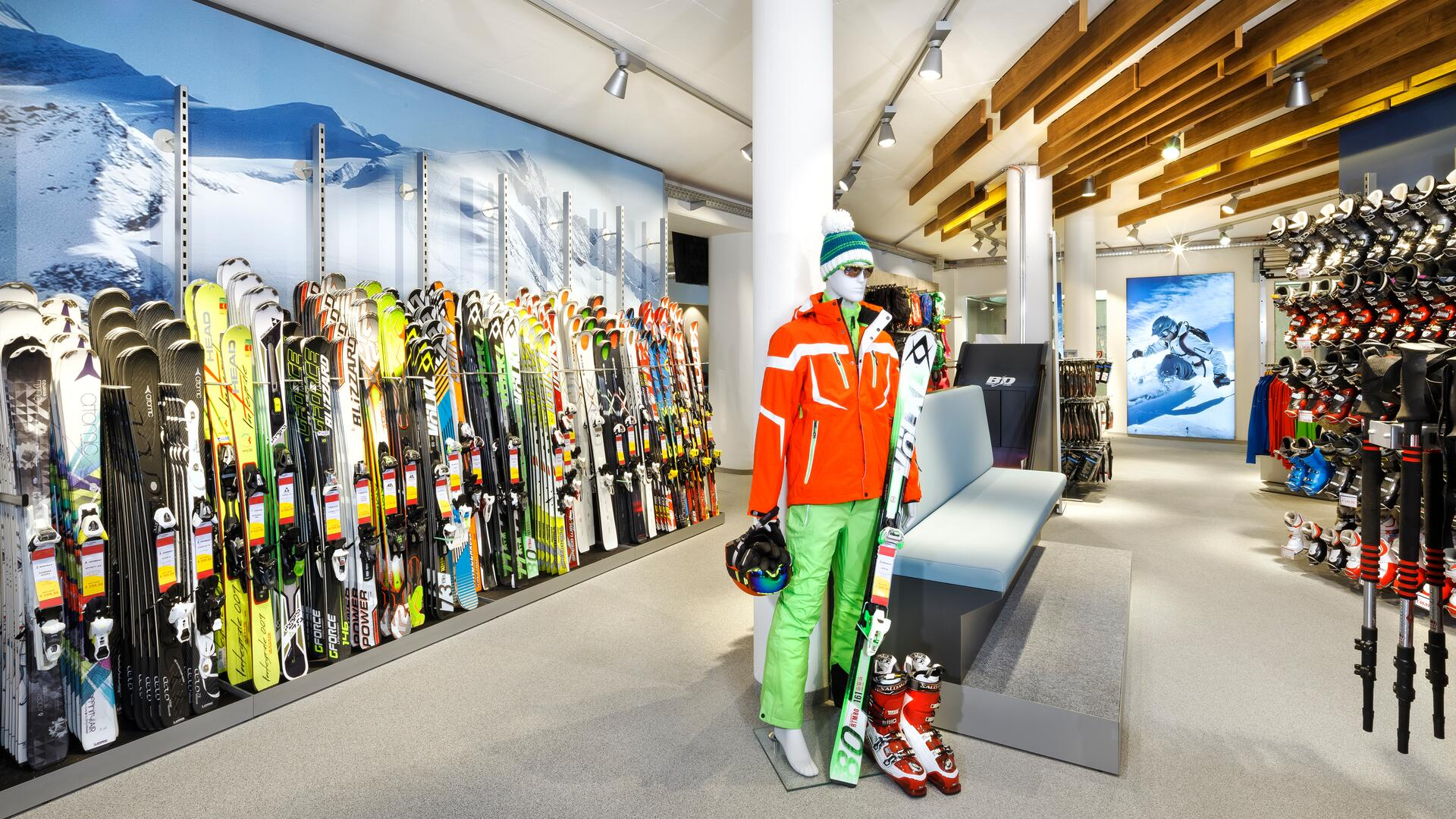 In Kaprun, you will find a wide selection of sports shops and ski-rental businesses with expert staff | © Kitzsteinhorn