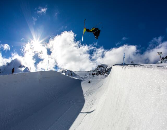 David Wise - Kitzsteinhorn Superpipe Training Weeks | © Kitzsteinhorn