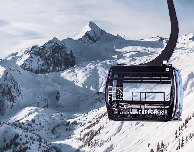 Kitzsteinhorn EXPLORER TOUR: In two specially equipped Explorer Cabins, as of December 2019 National Park Rangers will accompany nature lovers on a wintry expedition through four climate zones up to the world of eternal ice on Kitzsteinhorn glacier (3029 m).  | © Kitzsteinhorn