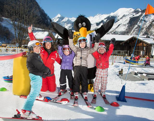 In BOBO's Kids Club, kids and teens aged 4-15 years old, can learn to ski like champions