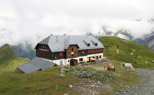 Traditional hut of the German Alpine Association | © Kitzsteinhorn
