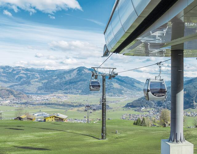 For the first time ever, in summer 2019 the Maiskogel will be reachable by gondola right from the town center of Kaprun itself. This will provide locals and guests with an ideal gateway to the existing hiking and biking trails on Kaprun's popular family mountain. | © Kitzsteinhorn