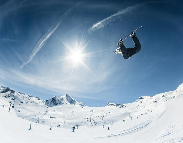 Freestylers can really let off steam  | © Kitzsteinhorn