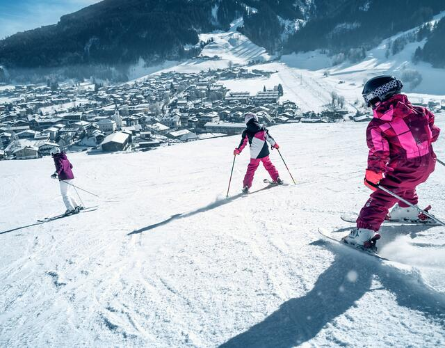 The Maiskogel is the ideal ski resort for families and all winter sports fans who appreciate the gentle terrain, local proximity and the cosiness of the traditional huts | © Kitzsteinhorn